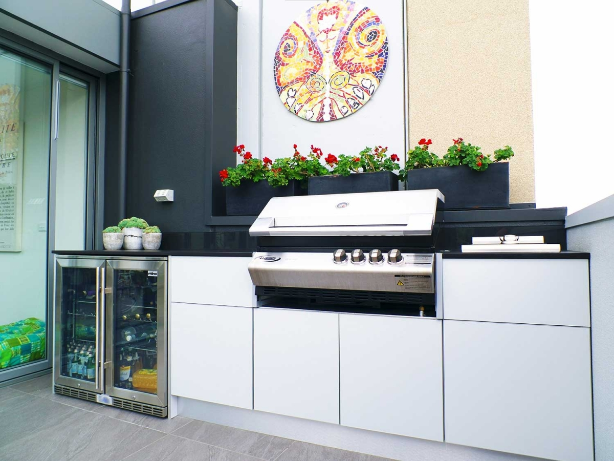 1_Turbo-Elite-BBQ-Kitchen-Dekton-Sirius-Rhino-Fridge-by-LimeTree-Alfresco