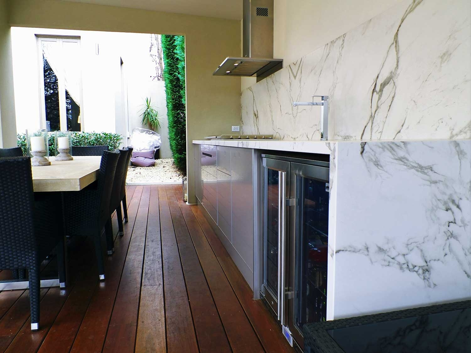 Beefeater-Proline-Dekton-Aura-Outdoor-Kitchen-by-LimeTree-Alfresco