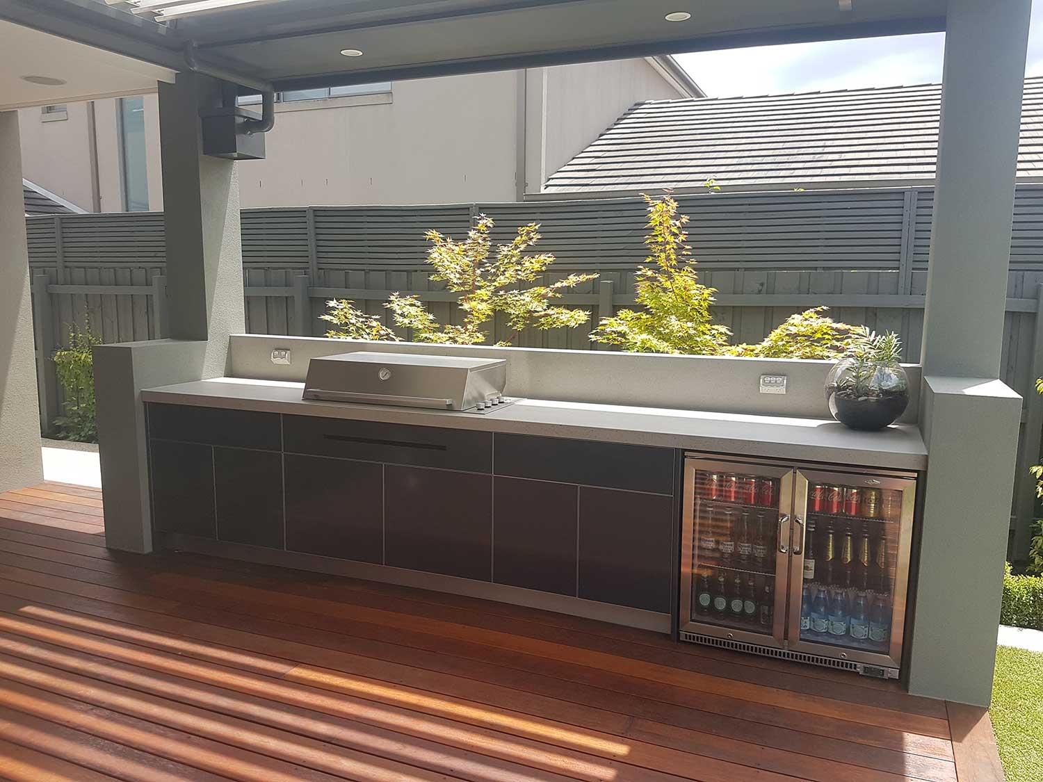 Beefeater-Proline-Steel-Grey-Dekton-Strato-Outdoor-Kitchen