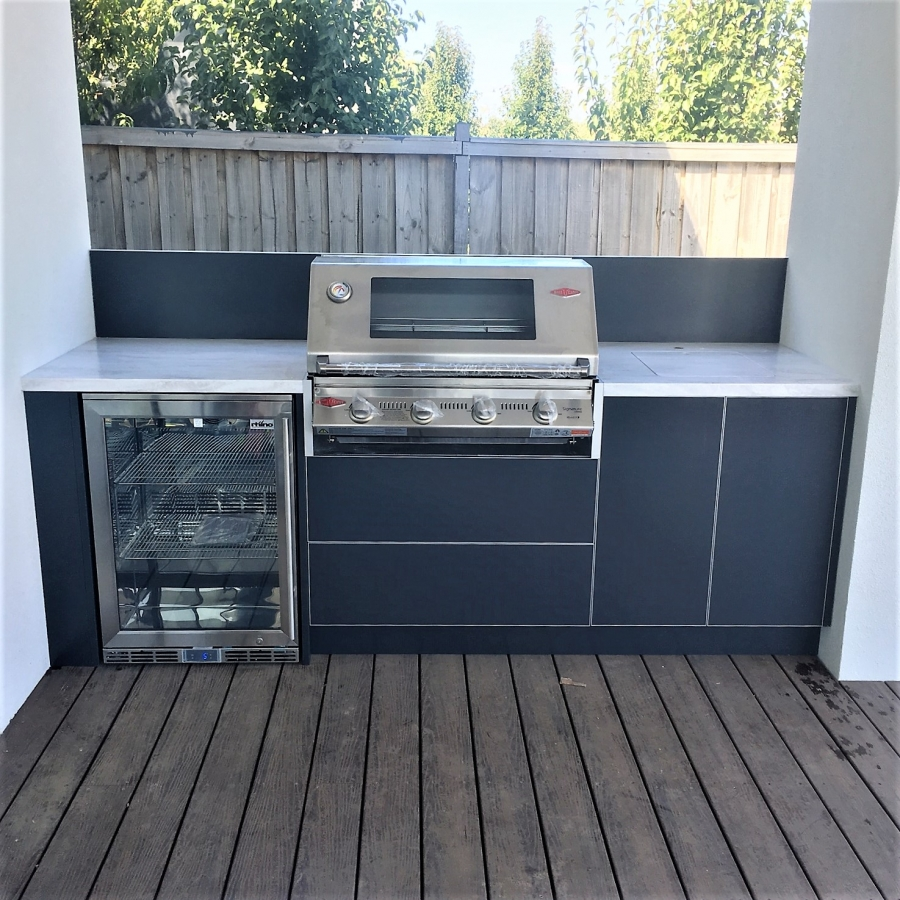 Beefeater-Signature-3000-4-BNR-Steel-Grey-Corian-Raincloud-Alfresco-Kitchen