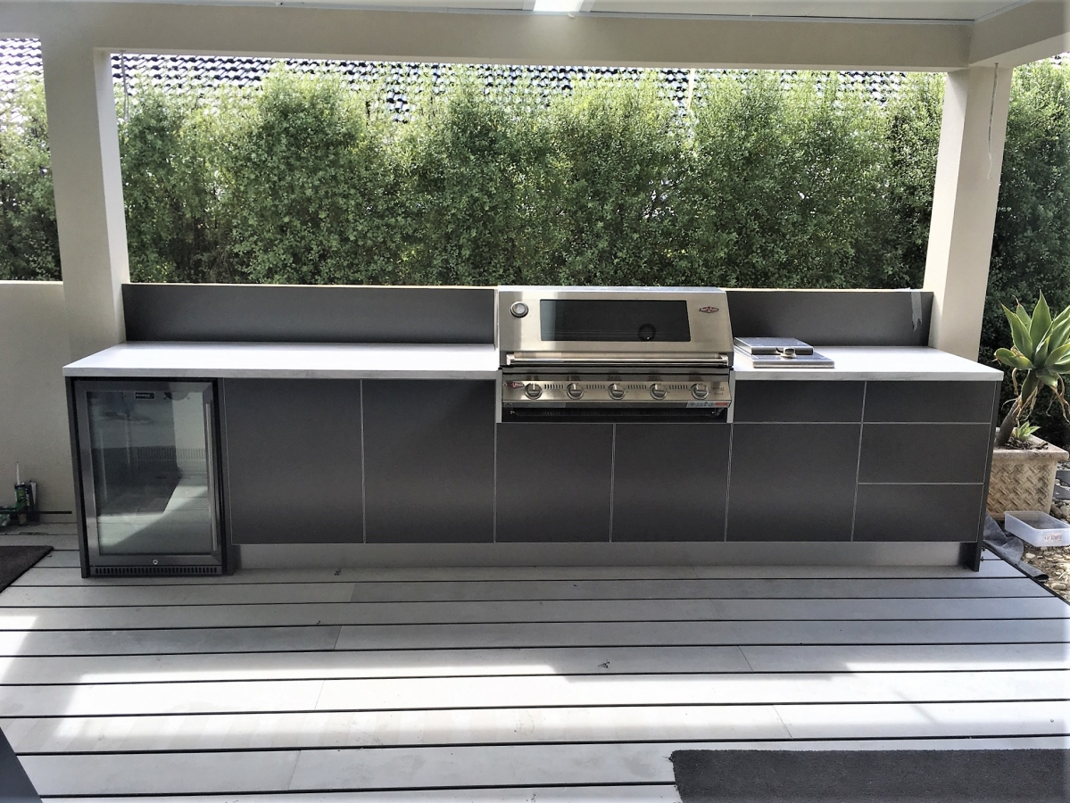 Beefeater-Signature-3000-5-BNR-Metallic-Charcoal-Corian-Raincloud-Outdoor-Kitchen