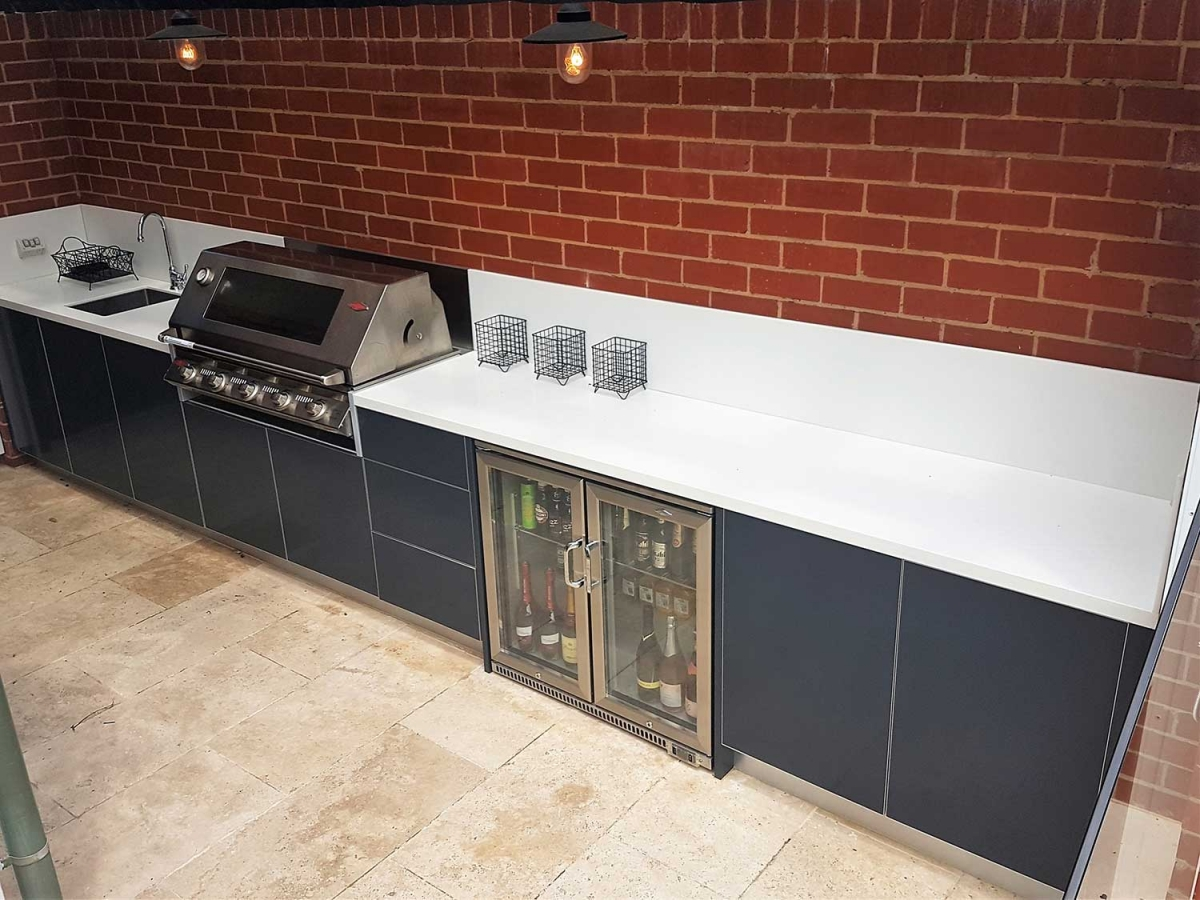 Beefeater-Signature-3000-5-Burner-Steel-Grey-Corian-Cameo-White-Outdoor-Kitchen