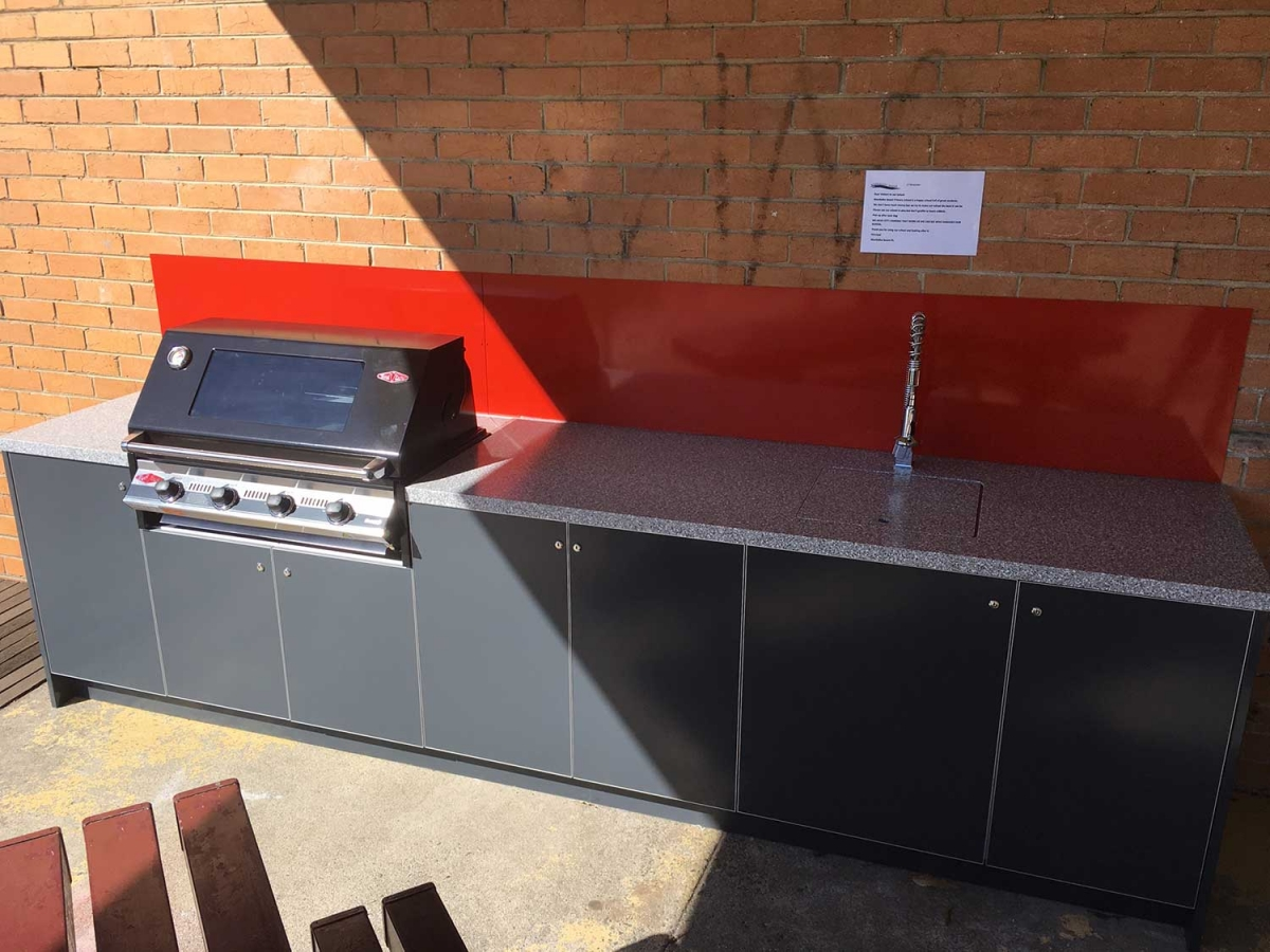 Beefeater-Signature-3000E-Iron-Grey-Corian-Platinum-Outdoor-Kitchen