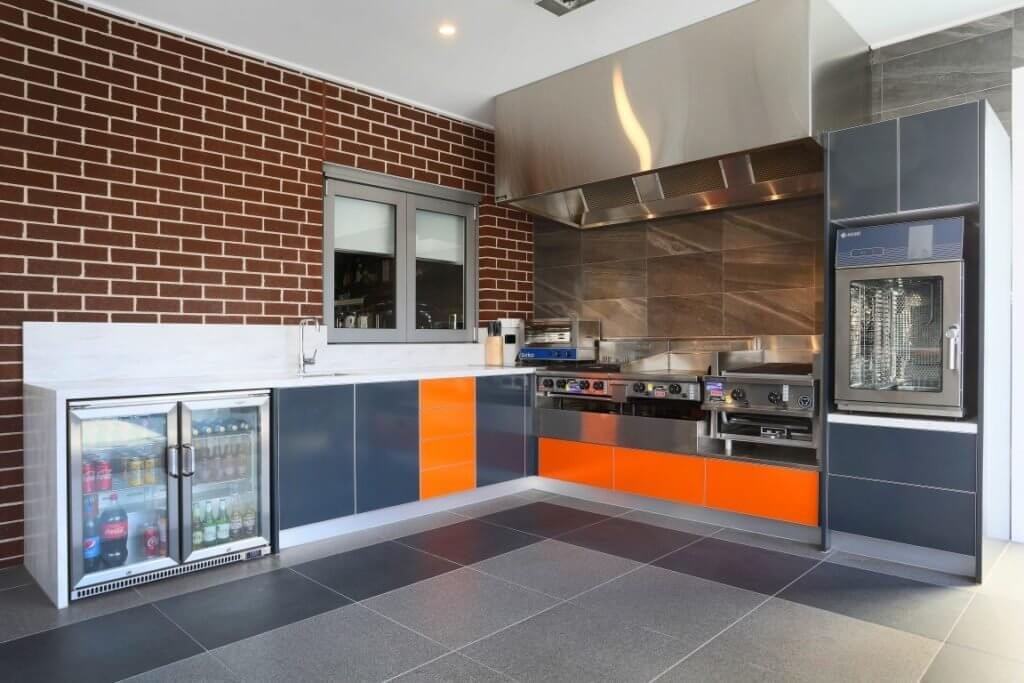 Feature Outdoor Kitchen 8