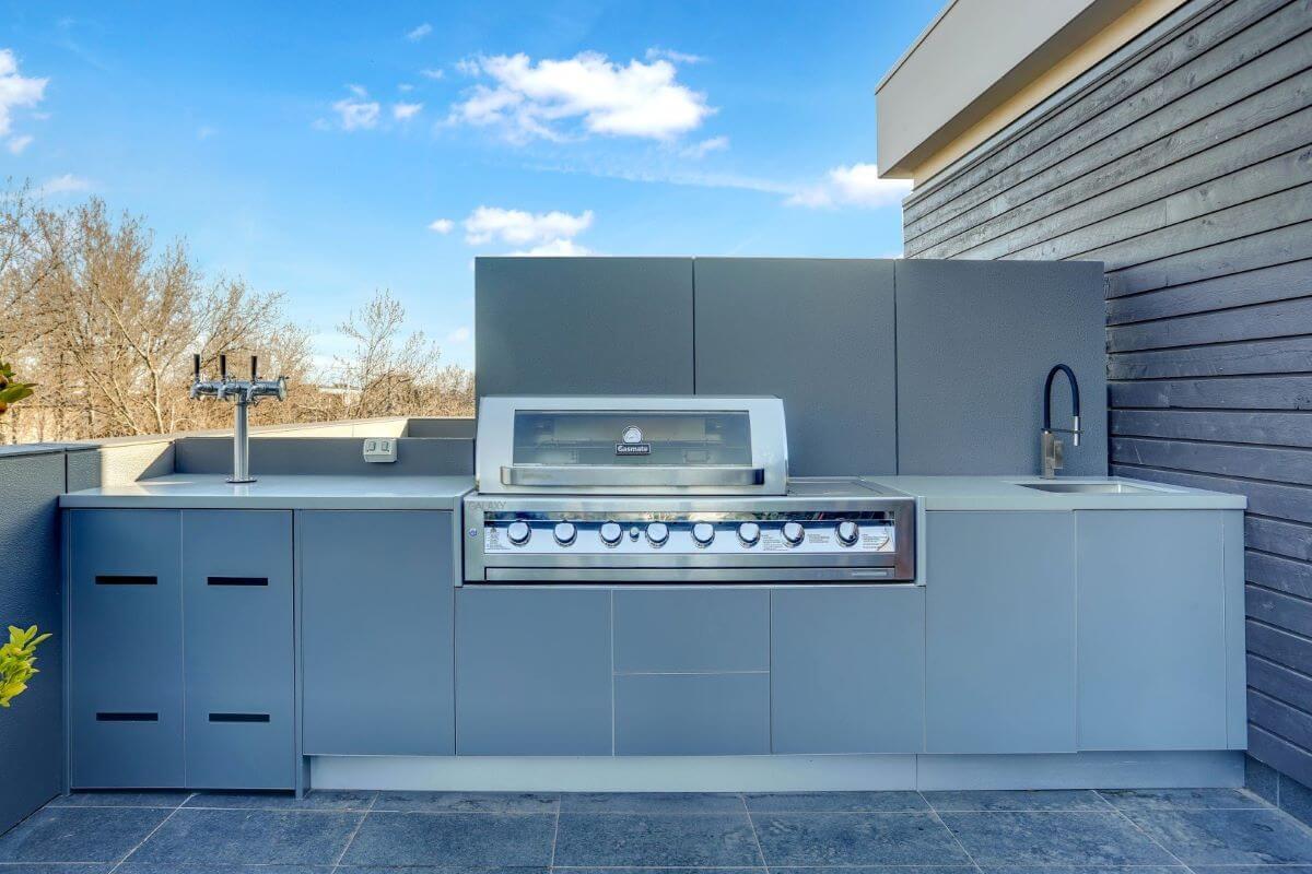 Gasmate 6 BNR BBQ Ash Grey Corian Dove Outdoor Kitchen LR2