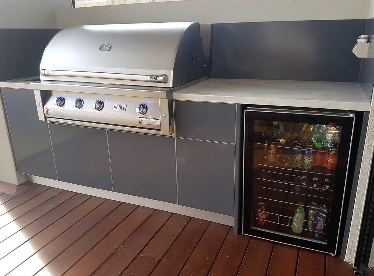Grand-Fire-42-Deluxe-Iron-Grey-Corian-Raincloud-Outdoor-Kitchen
