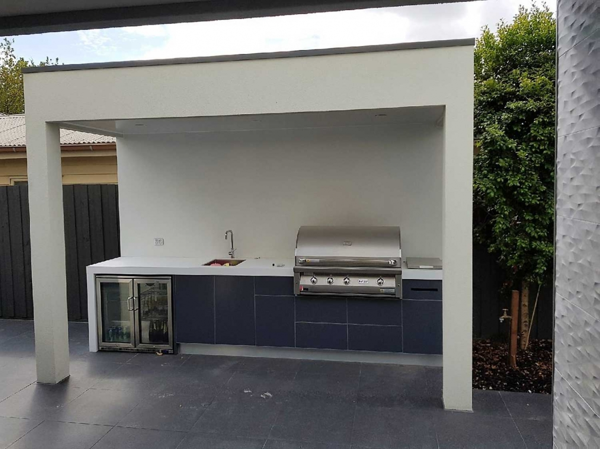 Grand-Fire-42-Matte-ACP-Iron-Grey-Corian-Designer-White-Outdoor-Kitchen