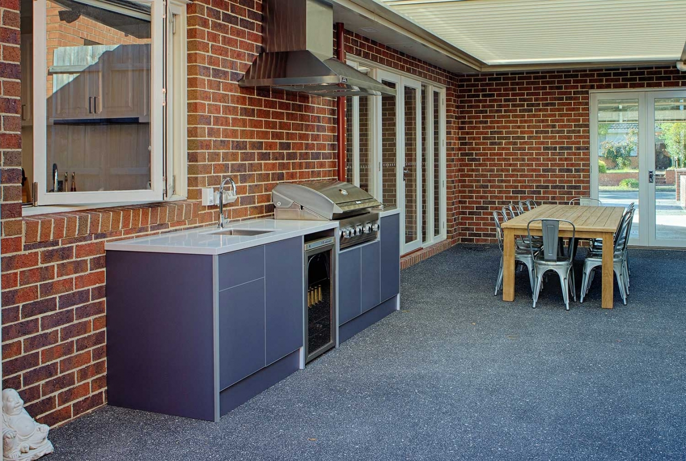Rinnai-BBQ-Outdoor-Kitchen-by-LimeTree-Alfresco-in-Blackburn-Melbourne