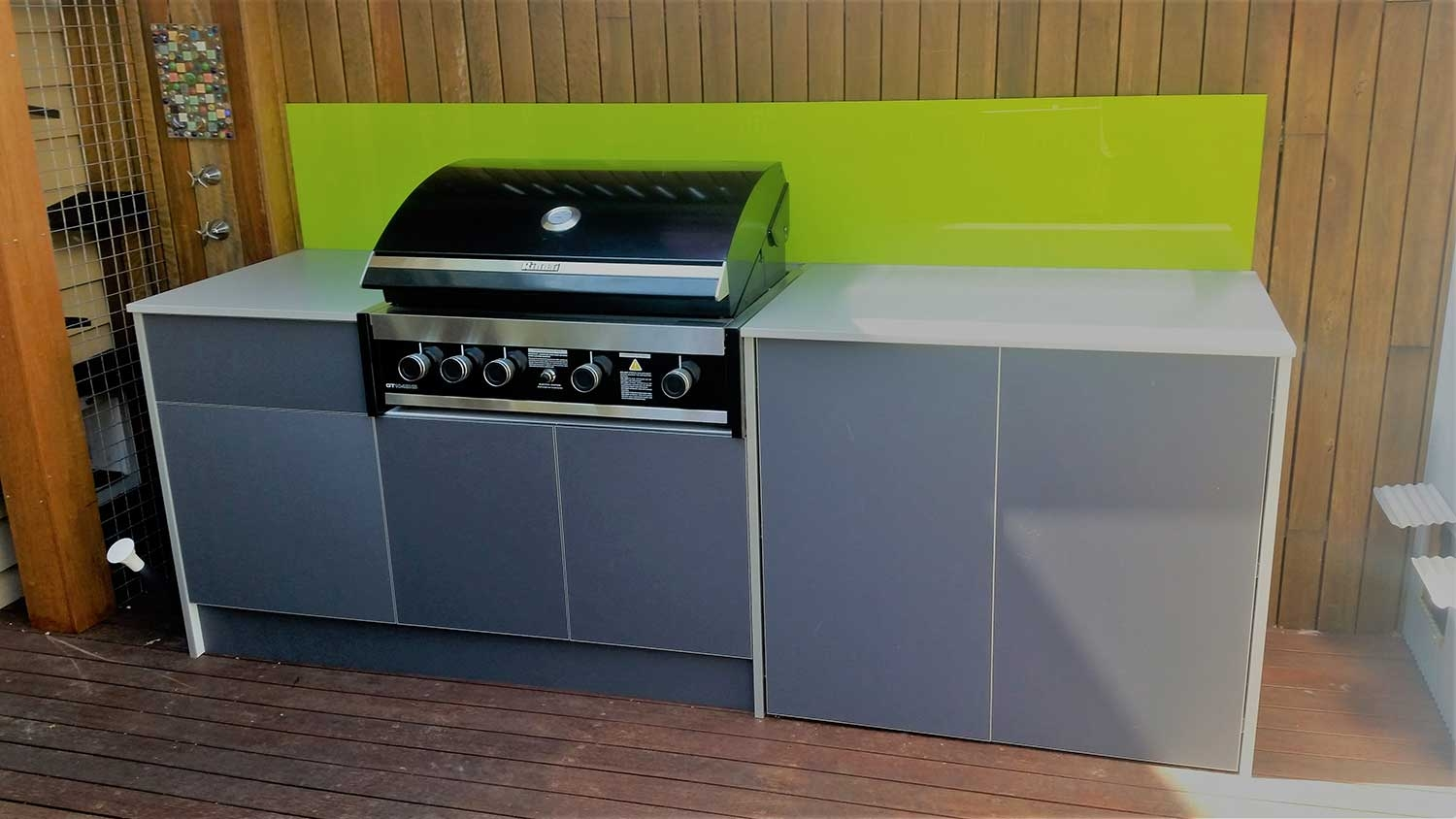 Rinnai-GT104-Black-Iron-Grey-Outdoor-Kitchen-By-LimeTree-Alfresco