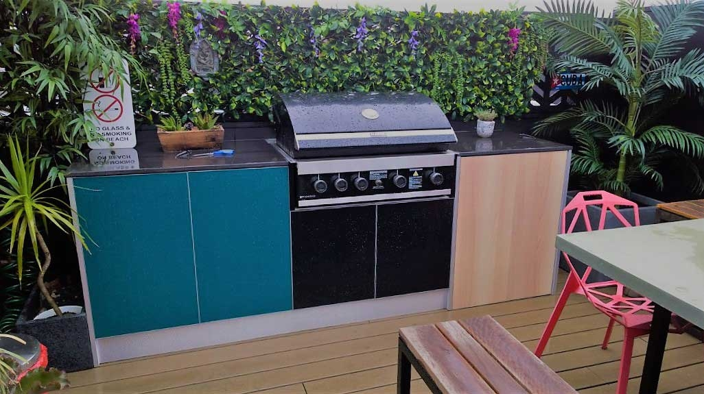 Rinnai-GT104-Black-Teal-Outdoor-BBQ-Unit-by-LimeTree-Alfresco