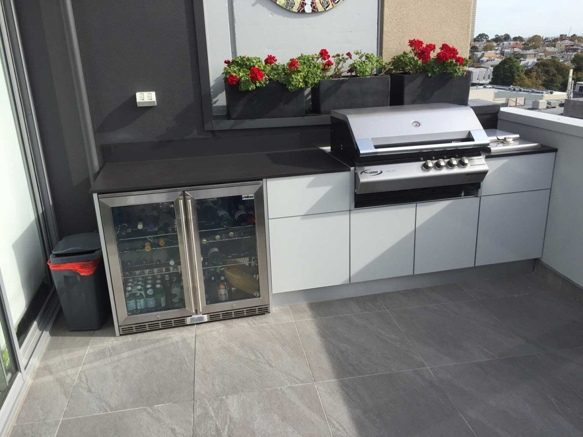 South-Melbourne-Rooftop-Outdoor-Kitchen
