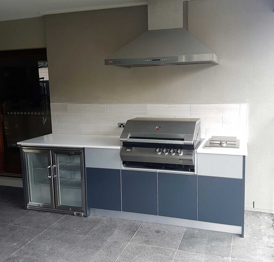 Turbo-Elite-BBQ-Kitchen-Corian-Antarctica-Beefeater-Fridge-by-LimeTree-Alfresco