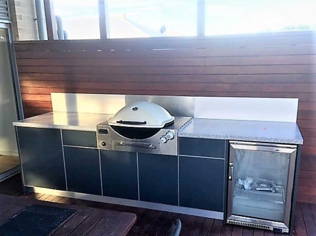 Wber-Q3600-Built-In-Outdoor-Kitchen-Wonthaggi-by-LimeTree-Alfresco