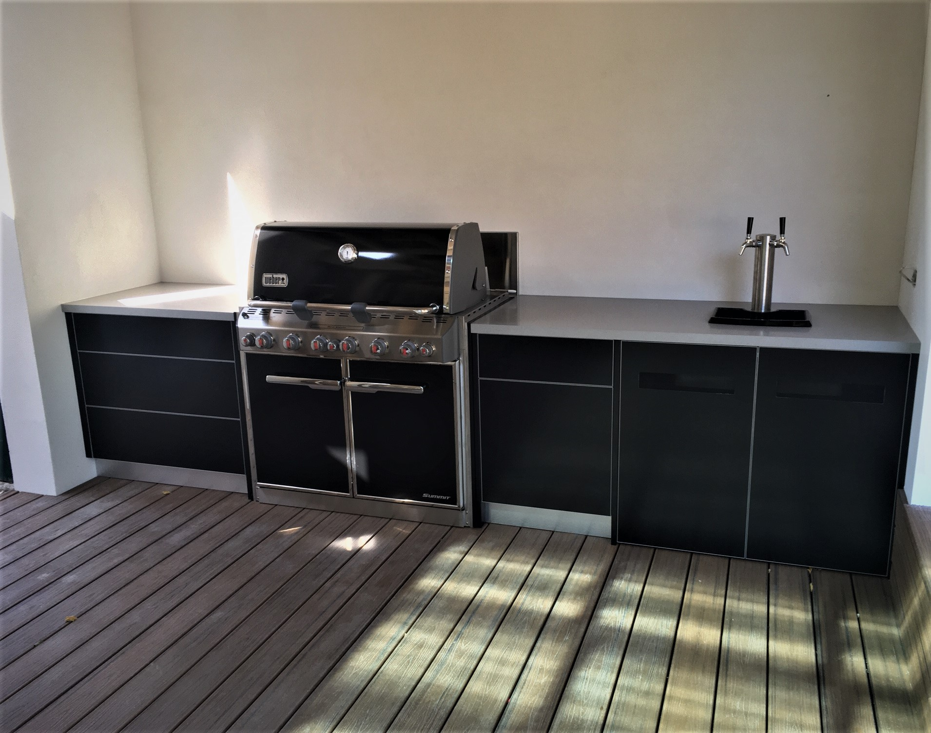 Weber Summit E660 Matte Black with Corian Dove Benchtops Alfresco Kitchen