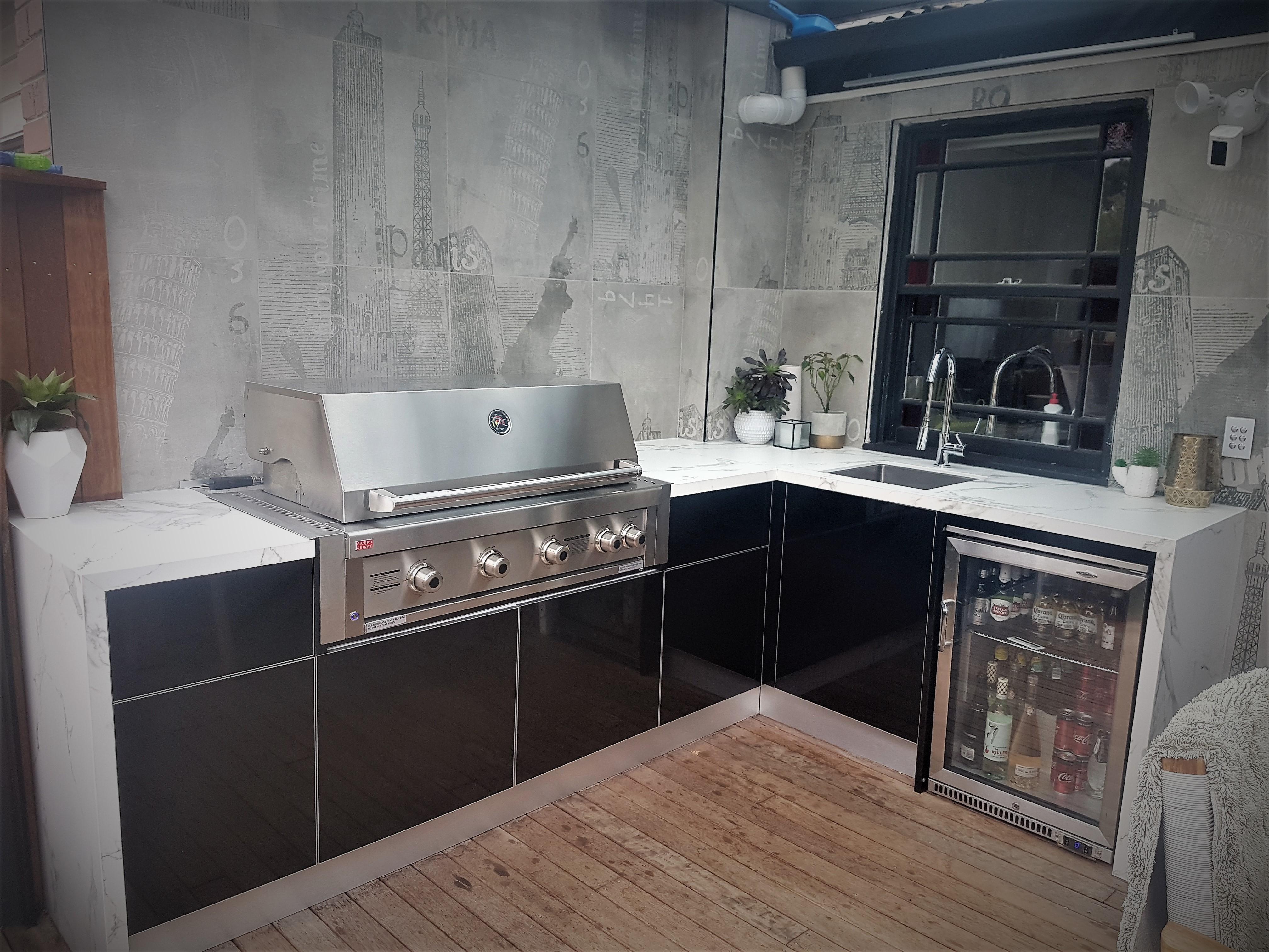Ziegler and Brown Grand Turbo 4 Gloss Black Dekton Aura Outdoor Kitchen 299-1